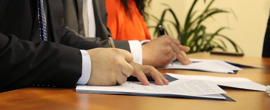 Oto podpisy pod Kostrzyńską!